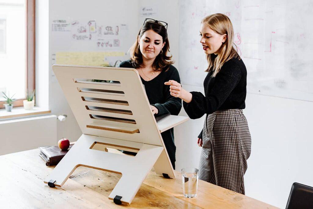 height-adjustable standing desk